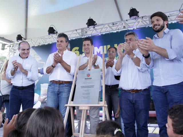 Governador inaugura sistemas de esgoto no Norte do Estado