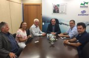 Presidente da Sanepar discute ampliação do sistema de esgoto com o prefeito de Rondon,