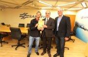 Rodrigo, Mounir Chaowiche e o gerente da Assessoria de Pesquisa e Desenvolvimento da Sanepar, Gustavo Possetti