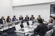 Presidente da Sanepar participa de reunião da AESBE em SP